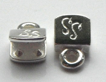 5mm silver plated brass end caps.Sold per pair