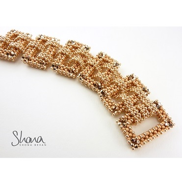 Sunday, 8th March, Shona Bevan's Panama Bracelet
