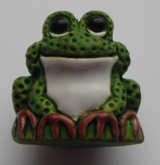 Peruvian Animal Bead - Sitting Frog Bright Green