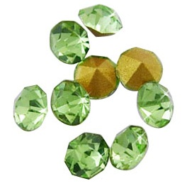 10 pack 5mm Green crystal Chatons