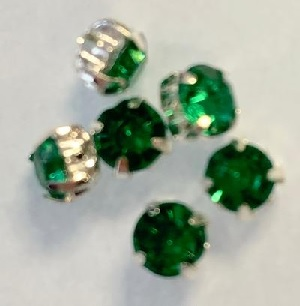 4.5 mm Montees with green Acrylic Rhinestones 6 pack