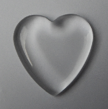 Heart shaped clear dome 16 x 16 mm.