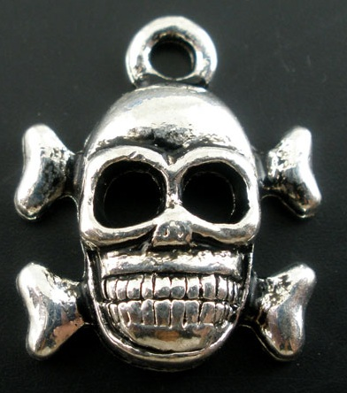 17mm antique silver medium skull lead and nickel free - Halloween Skulls