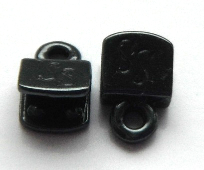 5mm gunmetal plated brass end caps.Sold per pair