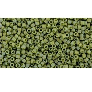 10g TOHO size 15 Semi Glazed Rainbow Honeydew TR-15-2632F